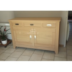 Buffet bas contemporain en bois