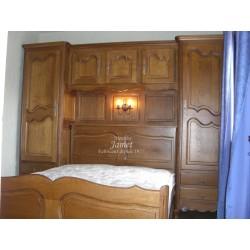 Chambre pont et lit en bois