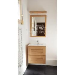Salle de bain contemporaine lumineuse en bois
